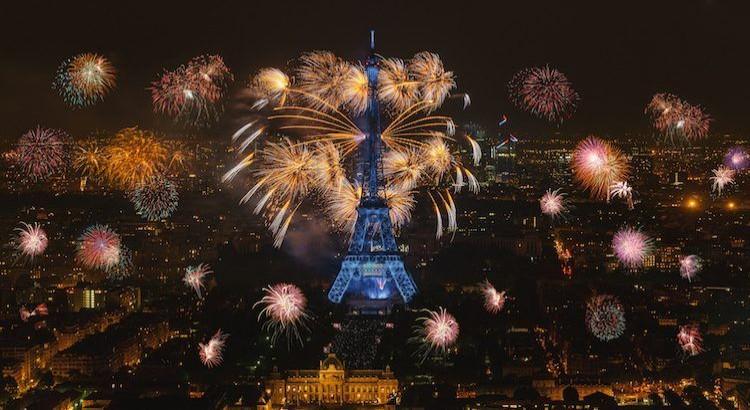 Nouvel an 2022 Paris fireworks